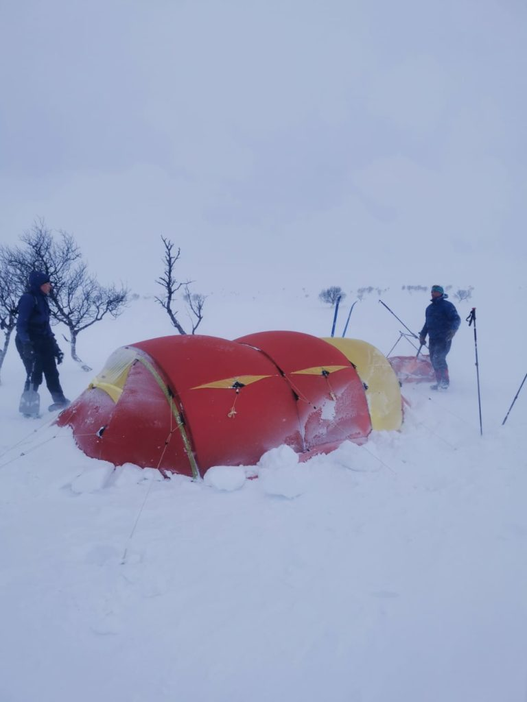 Paistunturit, talvitelttailu, hiihtovaellus, talvivaellus